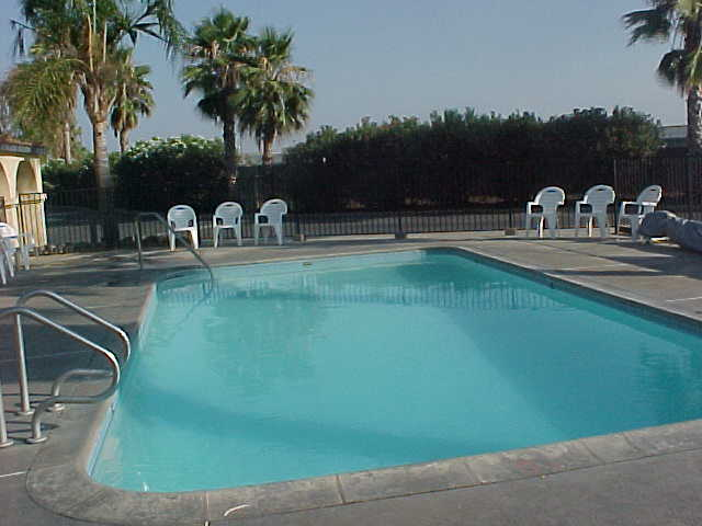 campgrounds.com - Bakersfield Palms RV Resort information for camping ...